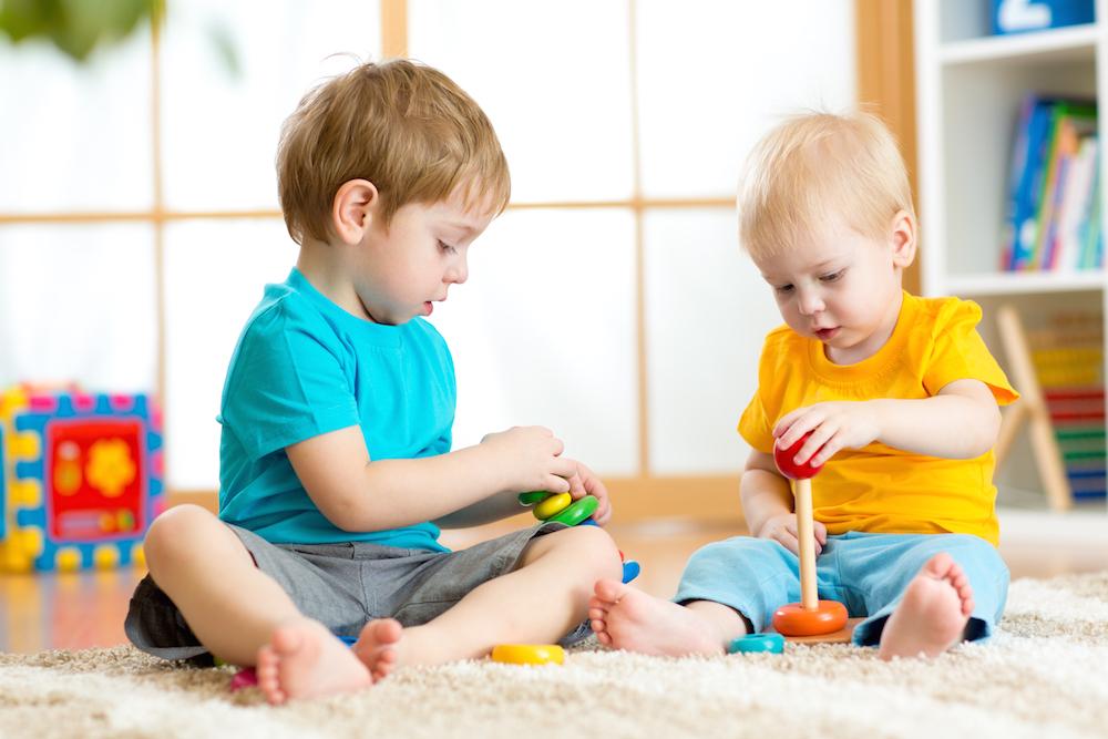 Foreverin lastenhoito on aktivoivaa ja lapset viihtyvät lastenmaailmassa.